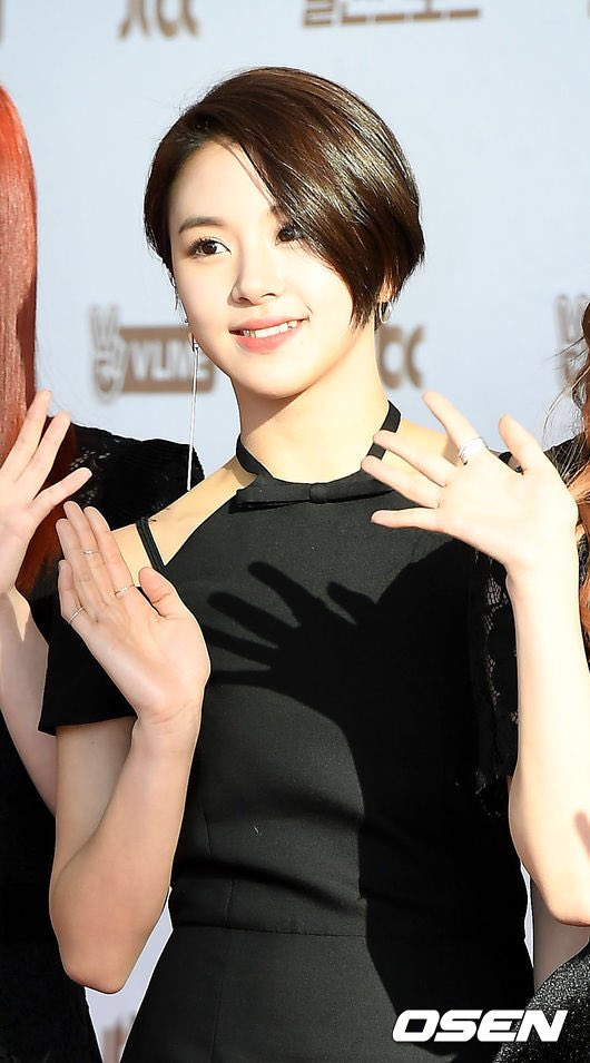 chaeyoung-short-hair-5